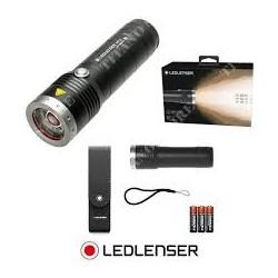 TORCIA MANUALE A LED LED LENSER MT6 4xAA